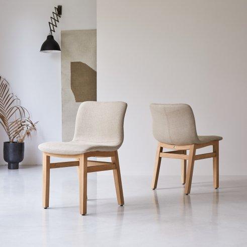 Linen Cocoon chair in oak
