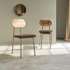 Stuhl aus Eiche Yutapi brown