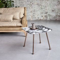 Tavolino Yutapi in marmo