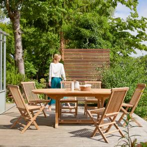 Outdoor Sitzgruppe aus Teak mit ovalem Tisch und 6 Stühlen Capri